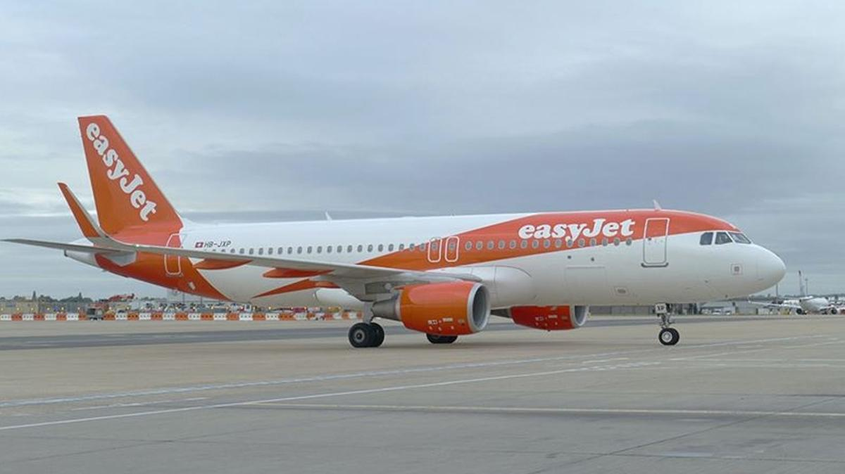 İngiliz hava yolu şirketi EasyJet, 1,27 milyar sterlin zarar etti