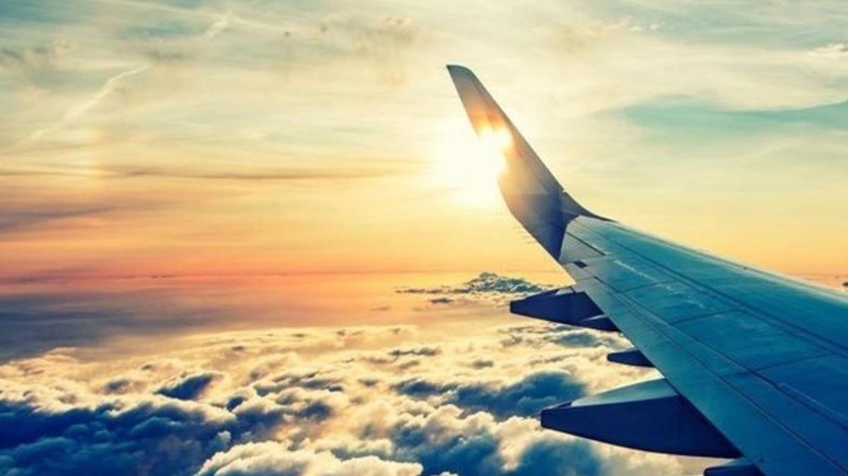İngiltere ve ABD uçuşların devamını sağlamak için havacılık anlaşması imzaladı