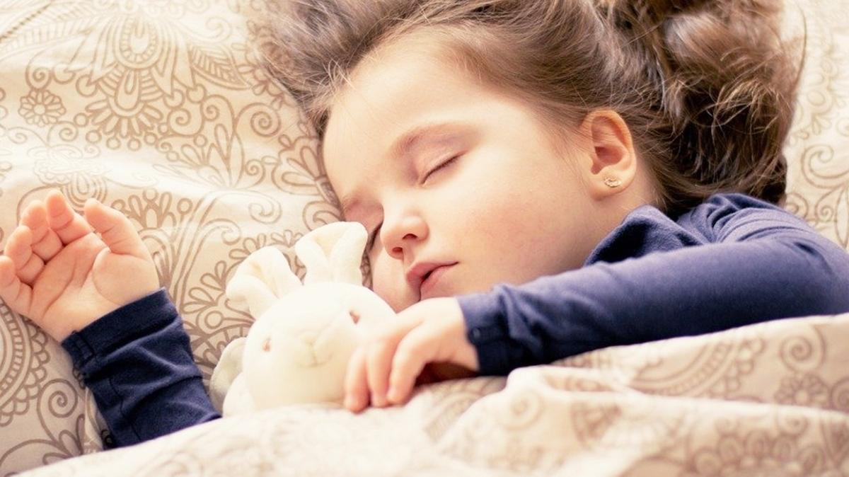 RSV enfeksiyonu özellikle 2 yaş altındaki çocuklarda görülüyor