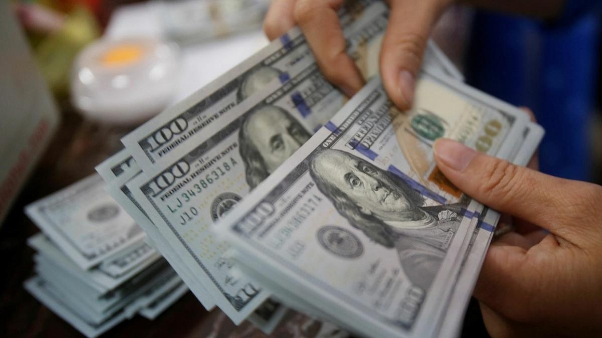 Yurtiçi piyasalar faiz kararına odaklandı: Dolar/TL 7.70 seviyesinde güne başladı