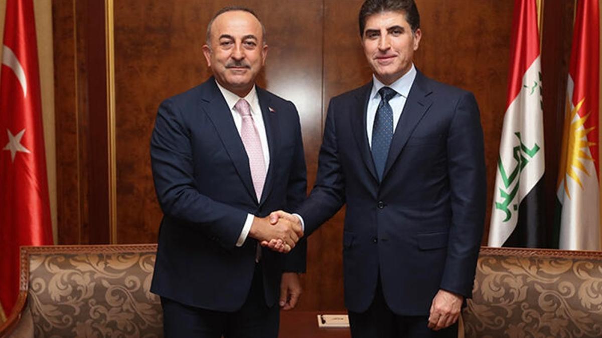 Bakan Çavuşoğlu Neçirvan Barzani'yle telefonda görüştü