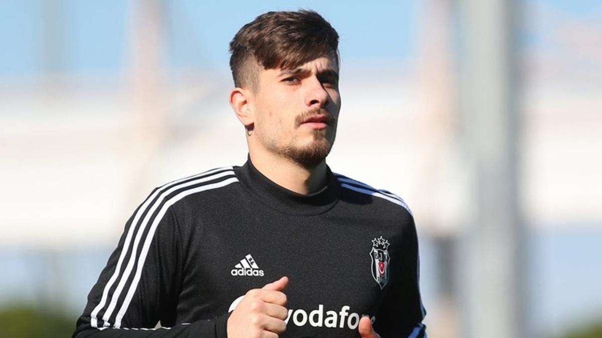 Sergen Yalçın, Başakşehir maçında Dorukhan Toköz'ü sağ bekte görevlendirecek