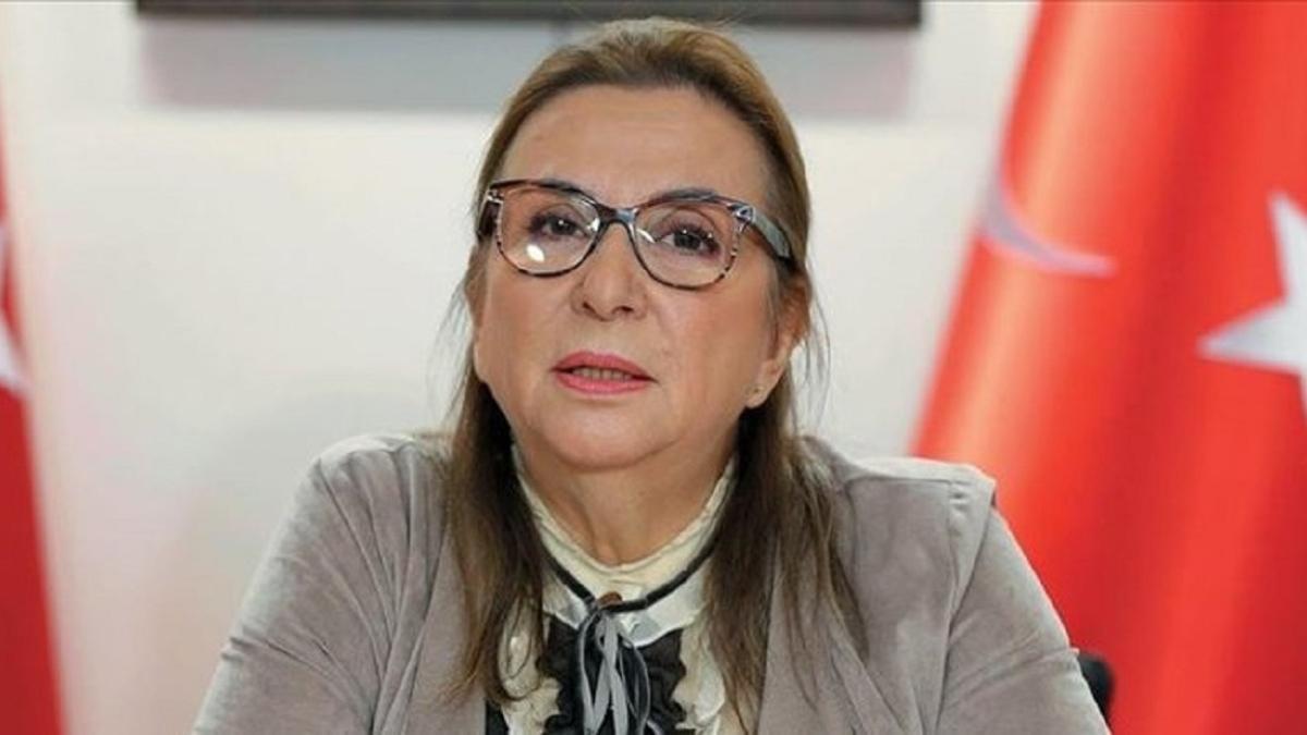 Bakan Pekcan'ın annesi hayatını kaybetti