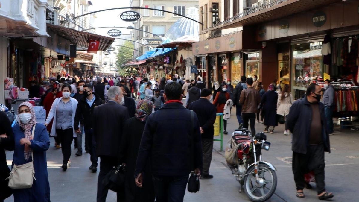 Gaziantep'te 'maske ve sosyal mesafe' cezası: 32 bin kişiye toplamda 301 milyon 816 bin TL ceza yazıldı