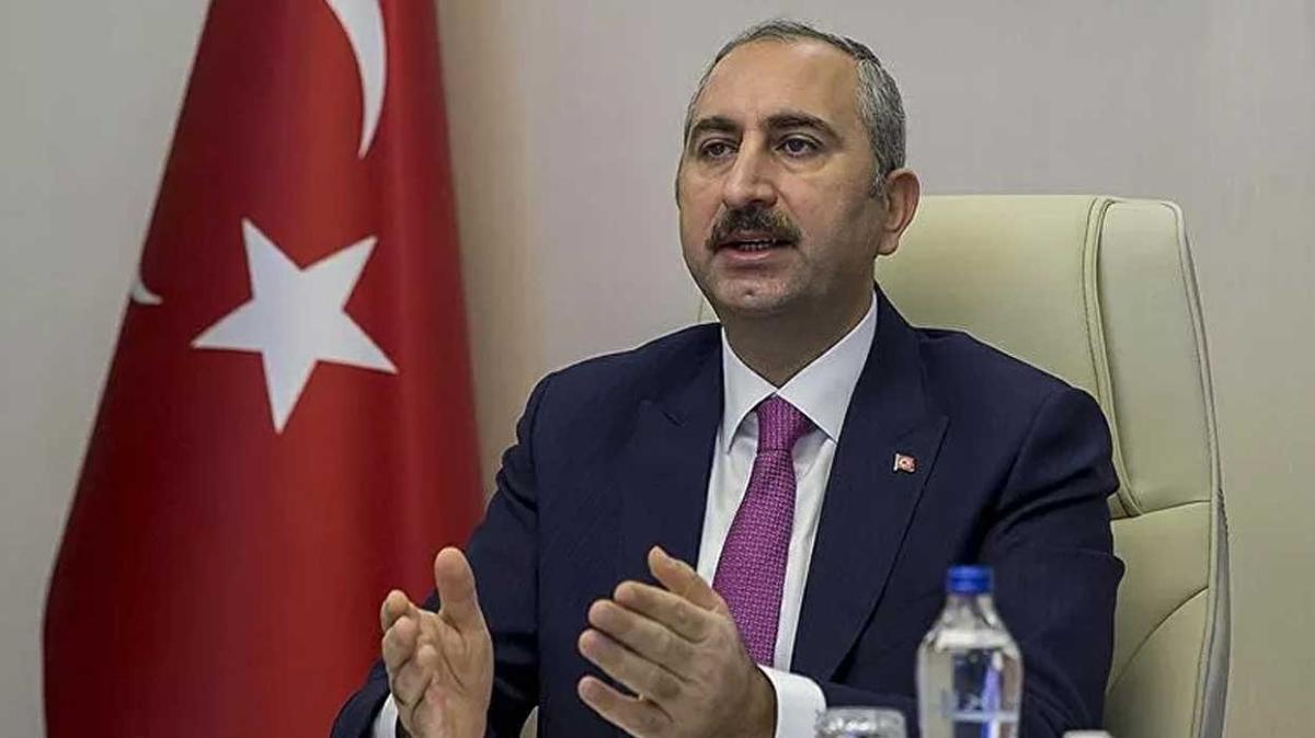 Adalet Bakanı Abdulhamit Gül: Adil yargılanma hakkı savunmanın özüdür
