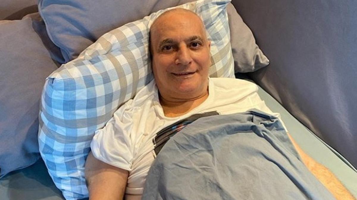 Mehmet Ali Erbil'in sağlık durumu nasıl? Son hali sosyal medyada paylaşıldı!