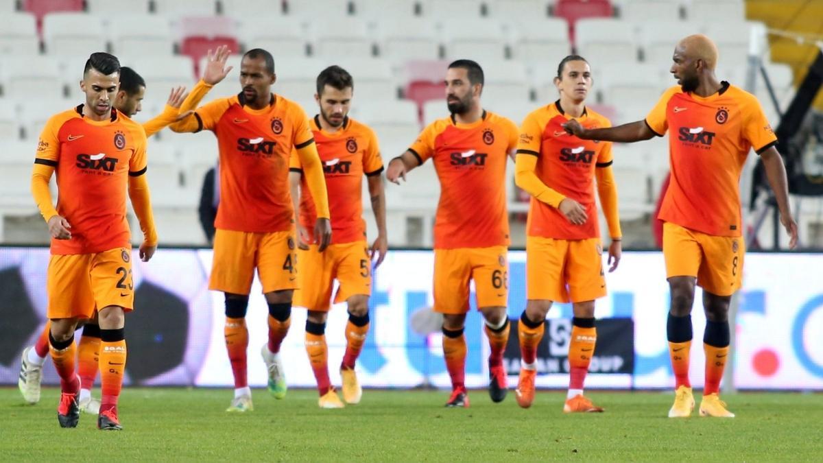 Galatasaray'da hedef 4'te 4 yapmak