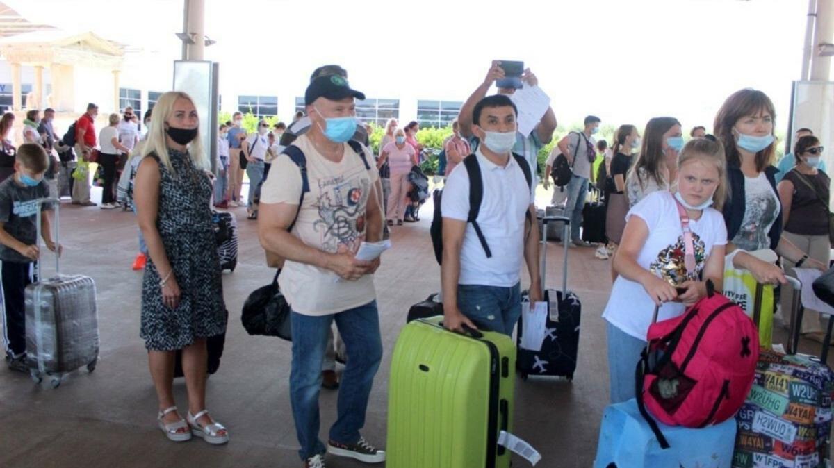 Türkiye 10 ayda yaklaşık 14 milyon ziyaretçi ağırladı: En çok ziyaretçi gönderen ülke Rusya oldu