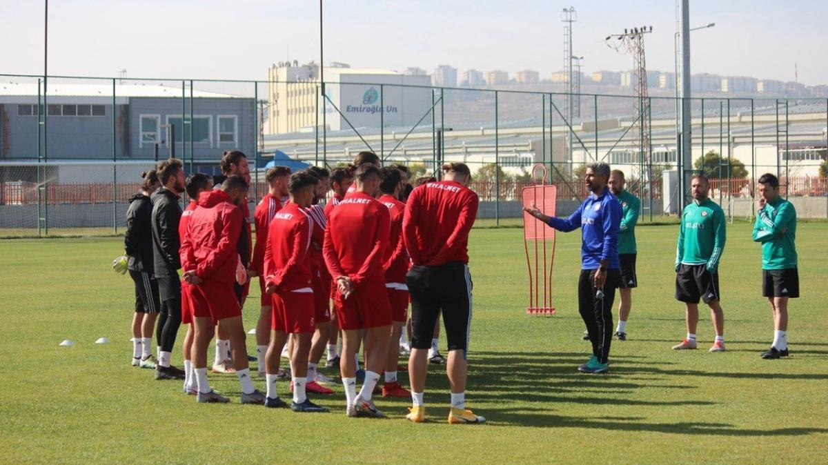 17 futbolcusu koronavirüs kapan Çorum FK, Türkiye Kupası maçına çıkamayacak