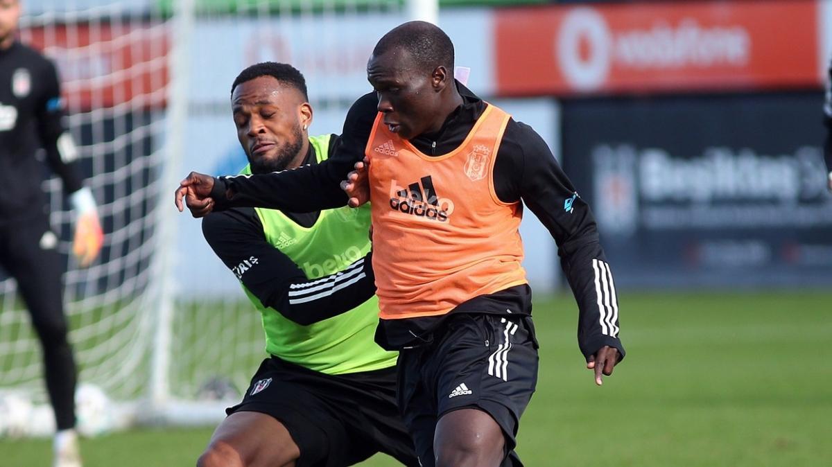 Derbi hazırlıklarını sürdüren Beşiktaş, pas ve şut çalıştı
