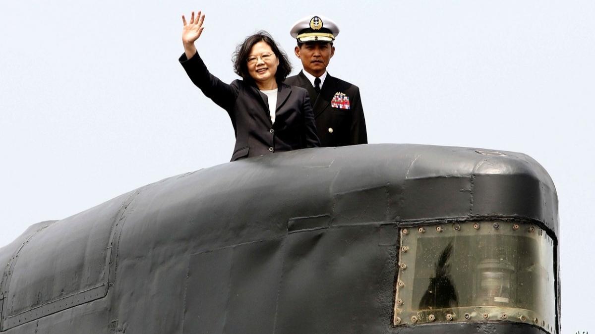 Güney Çin denizinde gerilim artıyor: Tayvan'dan ilk yerli denizaltı üretimi