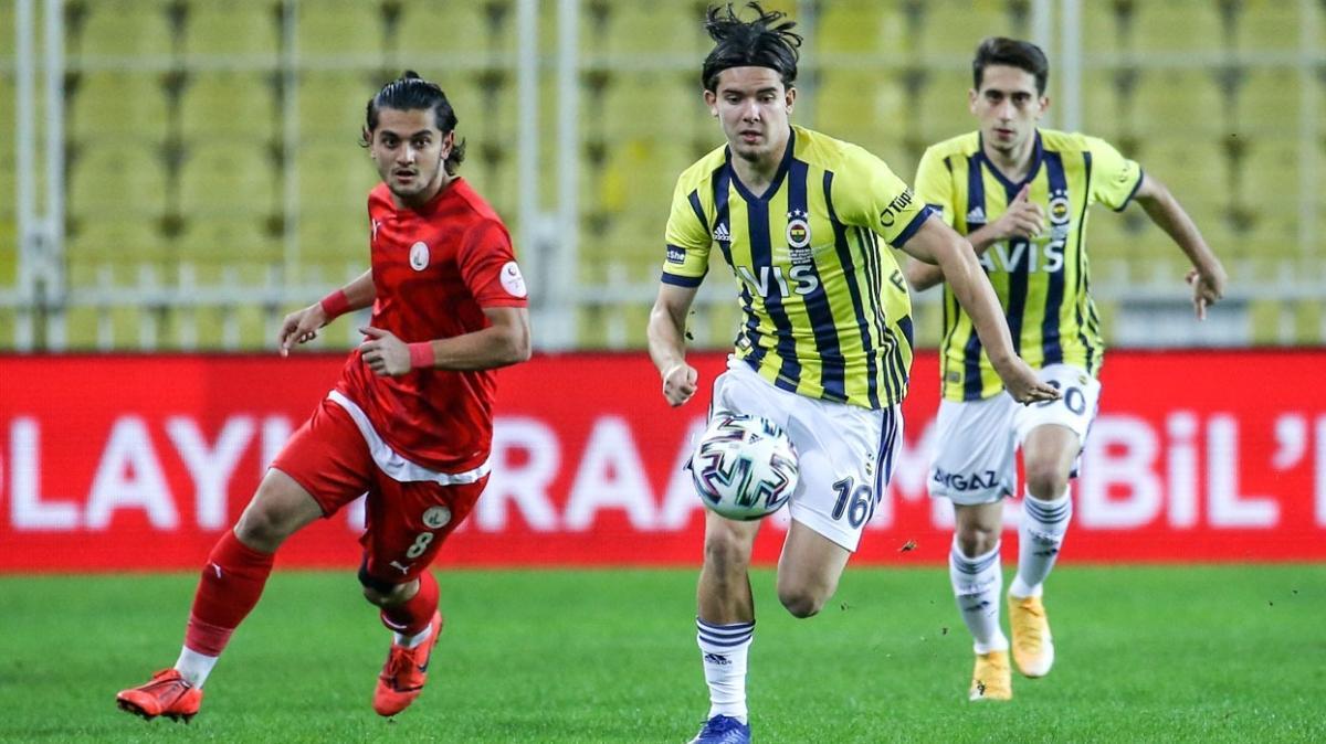 Fenerbahçe'de Ferdi Kadıoğlu performansıyla parmak ısırttı
