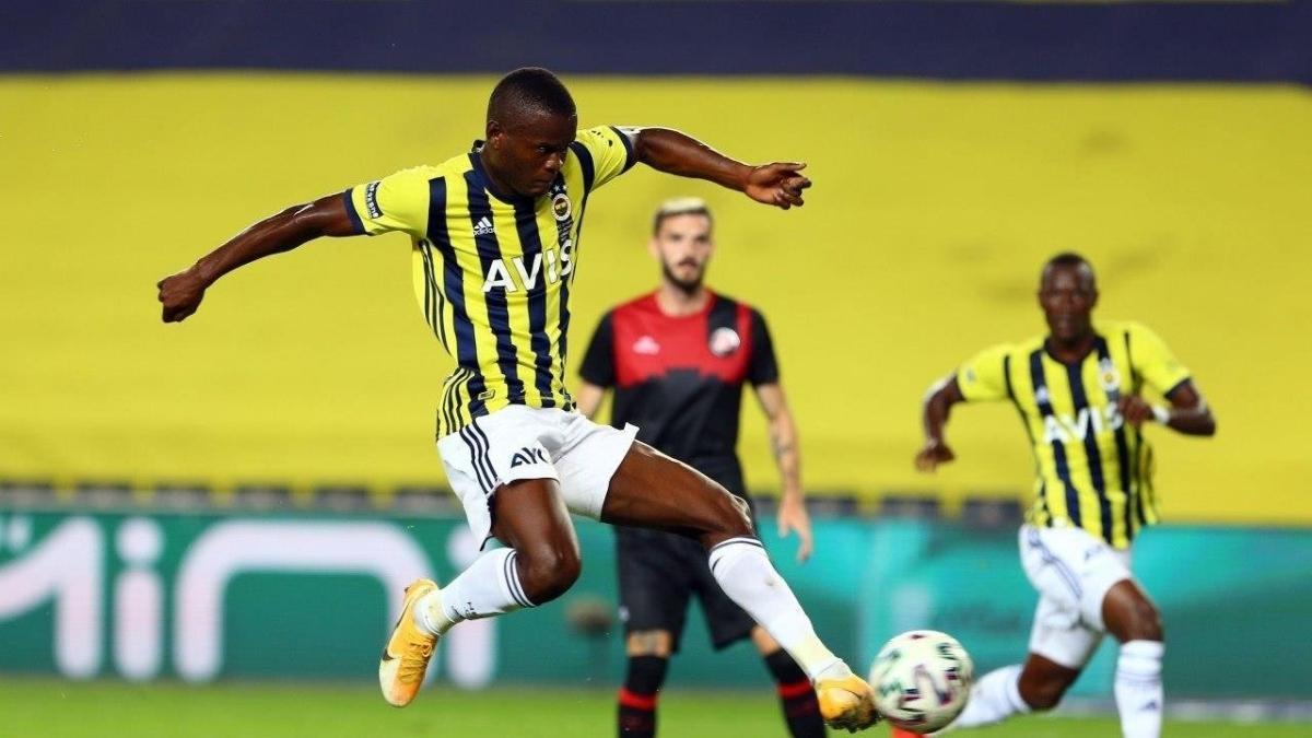 Samatta Beşiktaş derbisinde yok