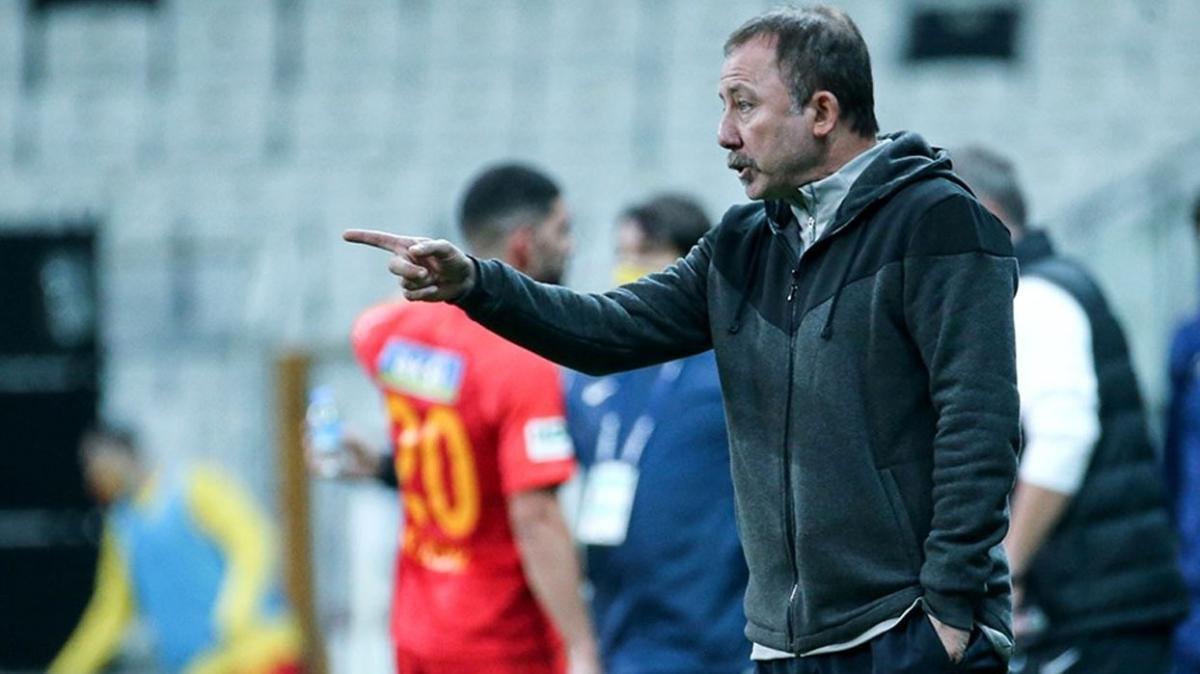 Sergen Yalçın Beşiktaş kariyeriyle kendi rekorunu kıracak