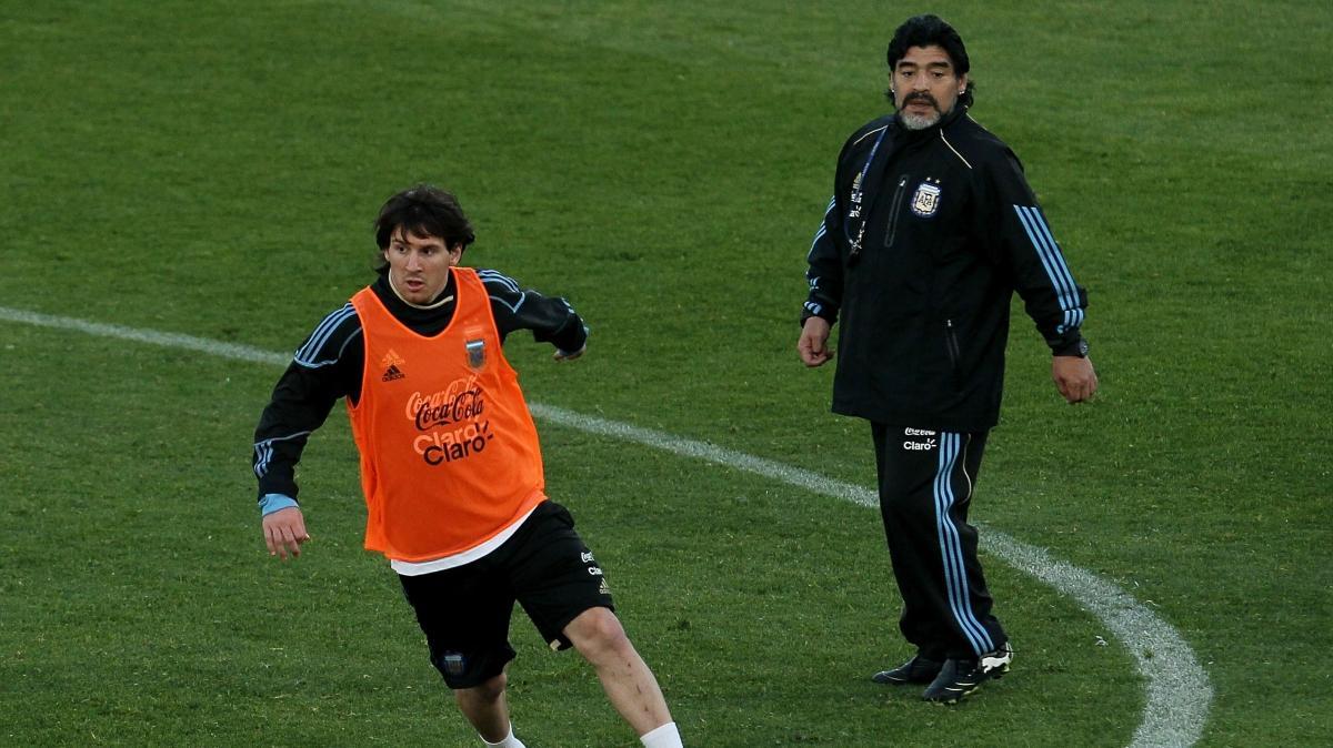 Ünlü futbolculardan Maradona'ya veda