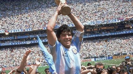 İngilizler'den tepki çeken Maradona manşetleri