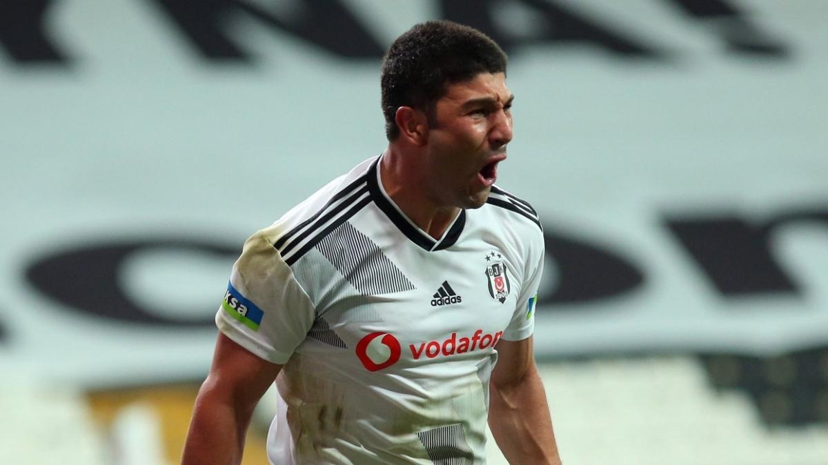Beşiktaş'ta Güven Yalçın derbiye hazır