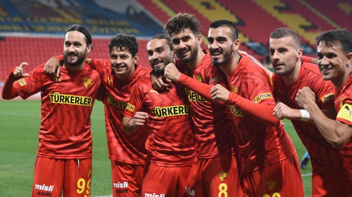 Göztepe sahasında Kırklarelispor'u 2-0 yenerek kupada tur atladı