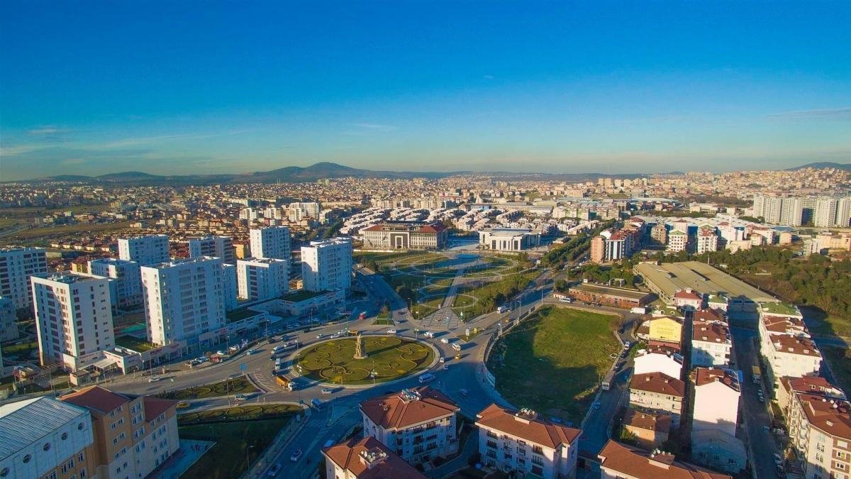 Sancaktepe'de tapu sorunları çözüme kavuşuyor: 30 aile daha tapusunu aldı