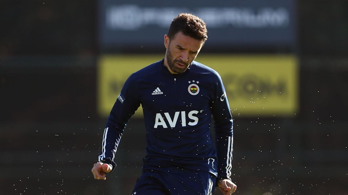 Fenerbahçe'de Gökhan Gönül takımla çalışmalara başladı