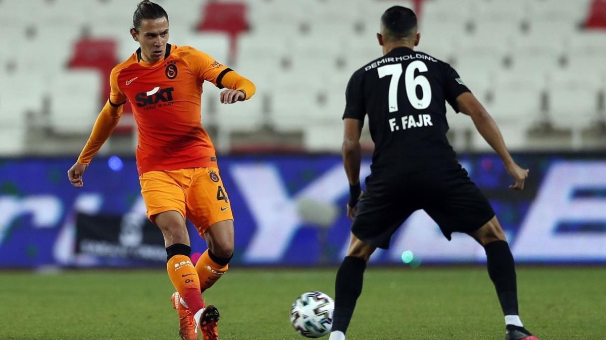 Galatasaray'da bir oyuncu sarı kart ceza sınırında