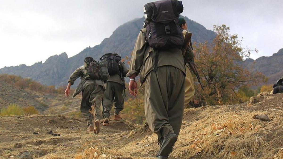 Hakurk'ta terör örgütü PKK'nın karargahı olan mağara imha edildi