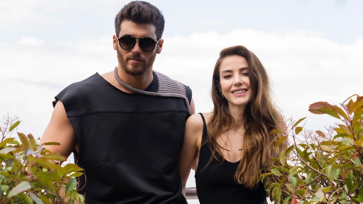 Can Yaman ve Özge Gürel'li Bay Yanlış Produ Ödülleri'ne 3 dalda aday oldu