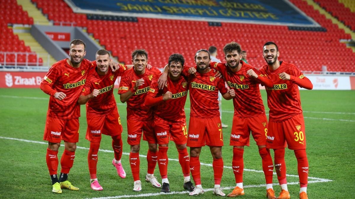 Göztepe bu sezon ilk deplasman galibiyetini Sivasspor karşısında almak istiyor