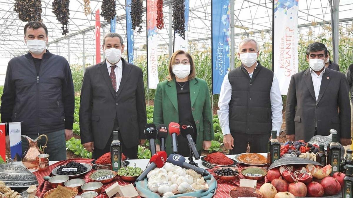 Gaziantep Büyükşehir esnafın ve halkın yanında