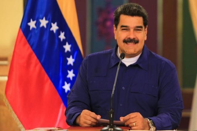 Venezüella lideri Maduro canlı yayında telefon numarasını paylaştı: Beni gruplarınıza ekleyin