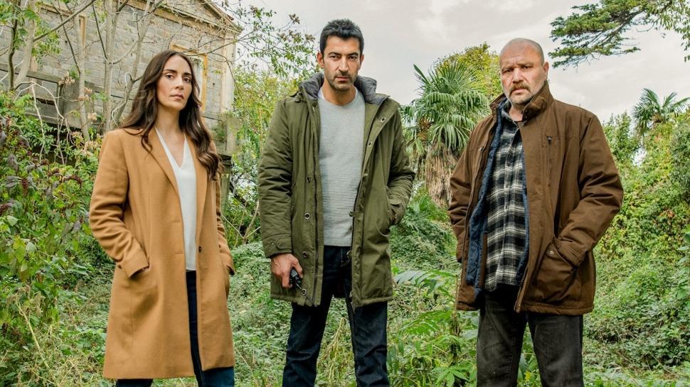Kenan İmirzalıoğlu ve Melisa Sözen'li  Alef  yeni platformunda!