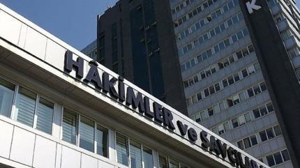 Resmi Gazete'de yayımlandı: 13 hakim ve savcı meslekten ihraç edildi