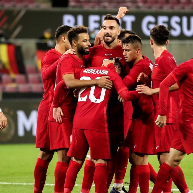 Galatasaray ve Başakşehir transferde karşı karşıya