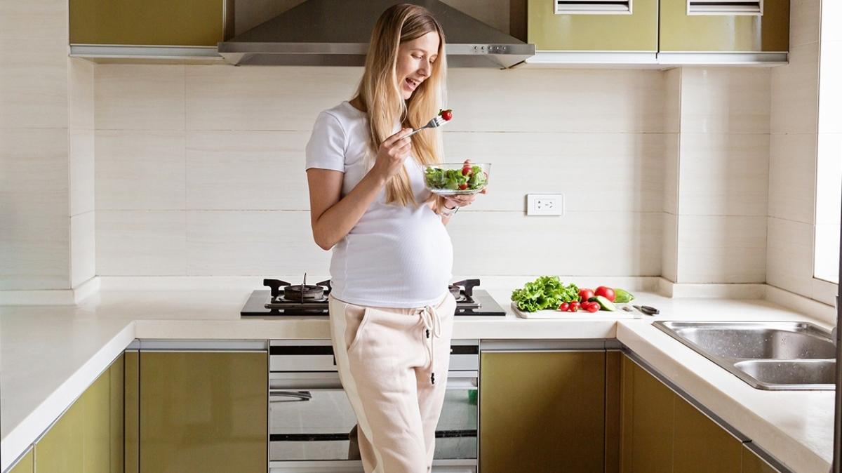 Hamilelikte yanlış beslenme bebeği tansiyon ve kalp hastası yapabilir