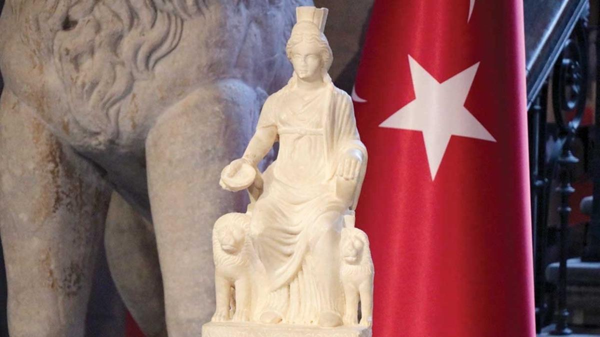 Kybele heykelini böyle kaçırmışlar... 'Köylülerden alıp İsrail'de sattılar'