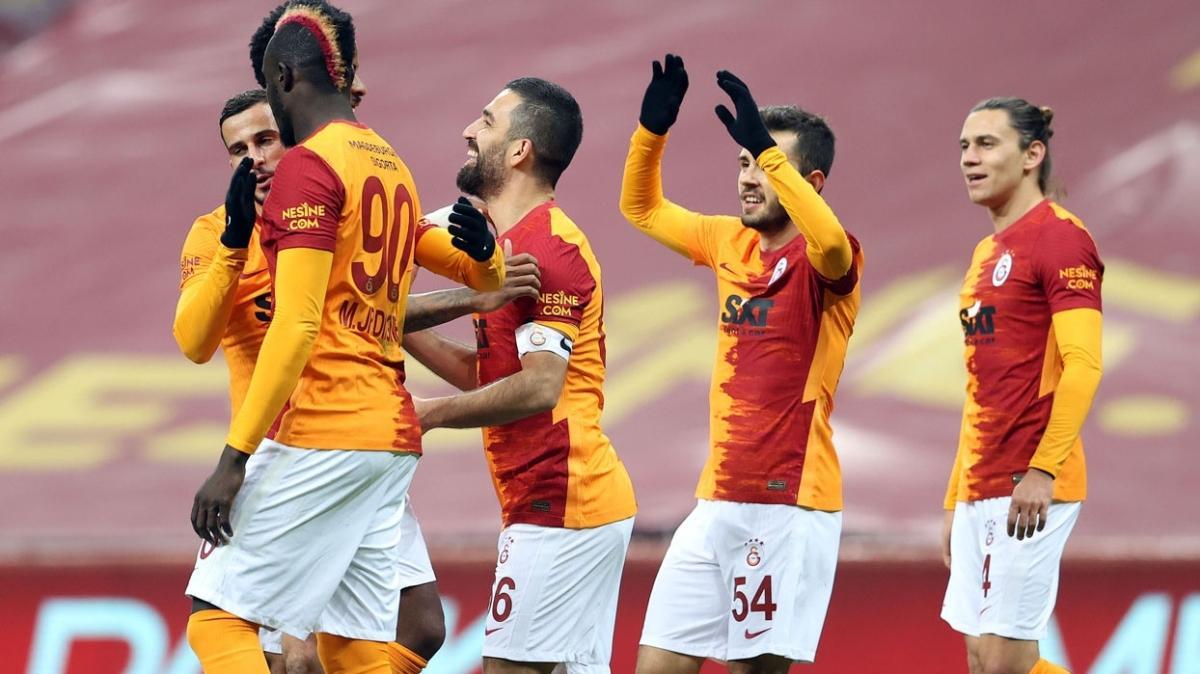 Eksik Galatasaray Göztepe'yi yenmesini bildi