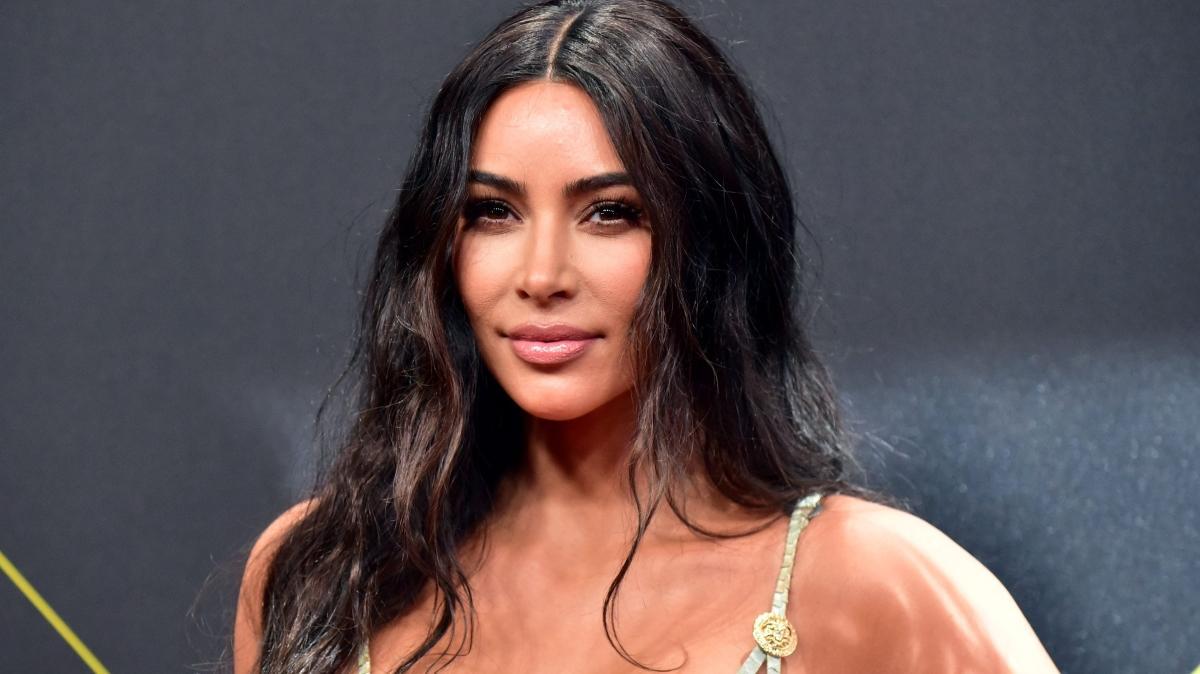Kim Kardashian kesenin ağzını açtı! Takipçilerine para dağatacak