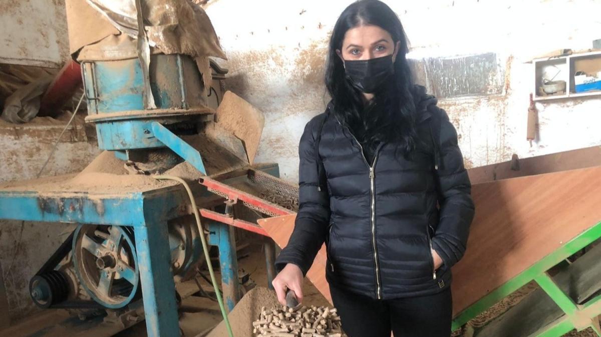 Ev hanımıydı, soba yakıtı üreten tesis kurdu