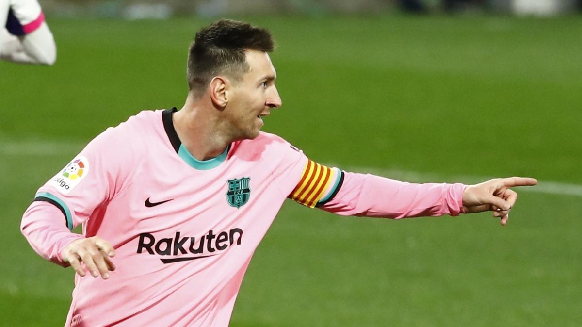 Messi rekor kırdı, Barcelona rahat kazandı