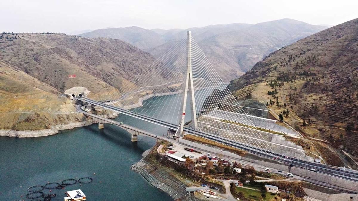 Yeni Kömürhan Köprüsü bölgeleri birleştirecek