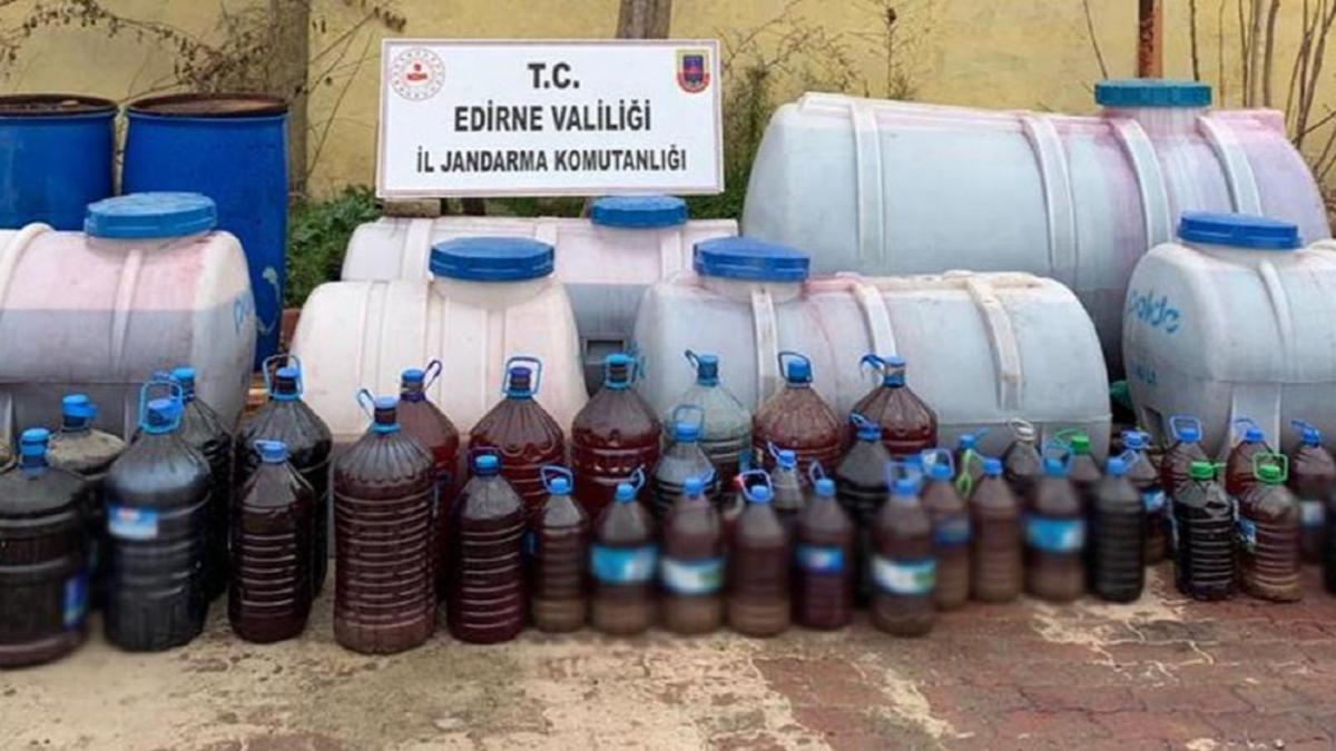 Edirne'de 4 bin 950 litre sahte içki ele geçirildi: 3 kişi gözaltına alındı