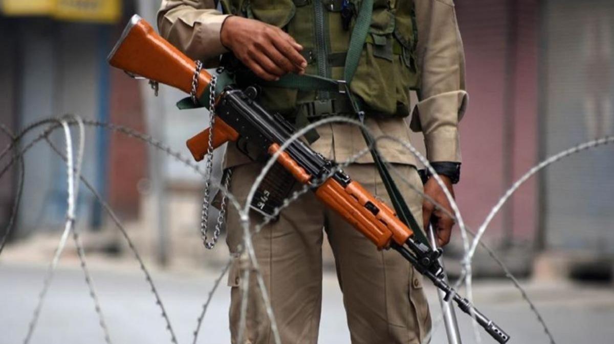 Keşmir Kontrol Hattı'nda çıkan çatışmada 1 Pakistan askeri öldü