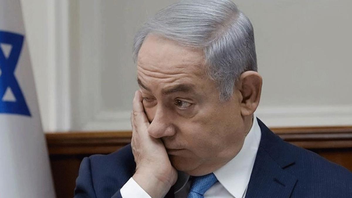 Netanyahu'ya darbe üstüne darbe: Gerilemeye devam ediyor