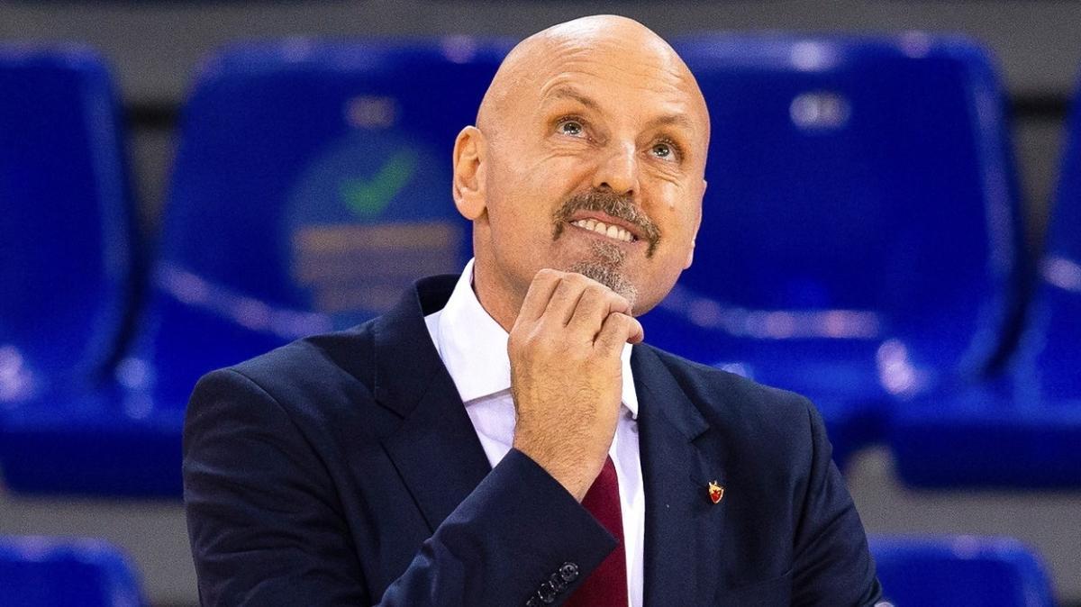 Obradovic'in görevine son verildi