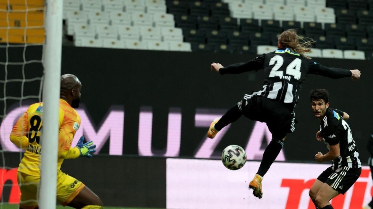 Vida'nın golü Puskas'a aday olur
