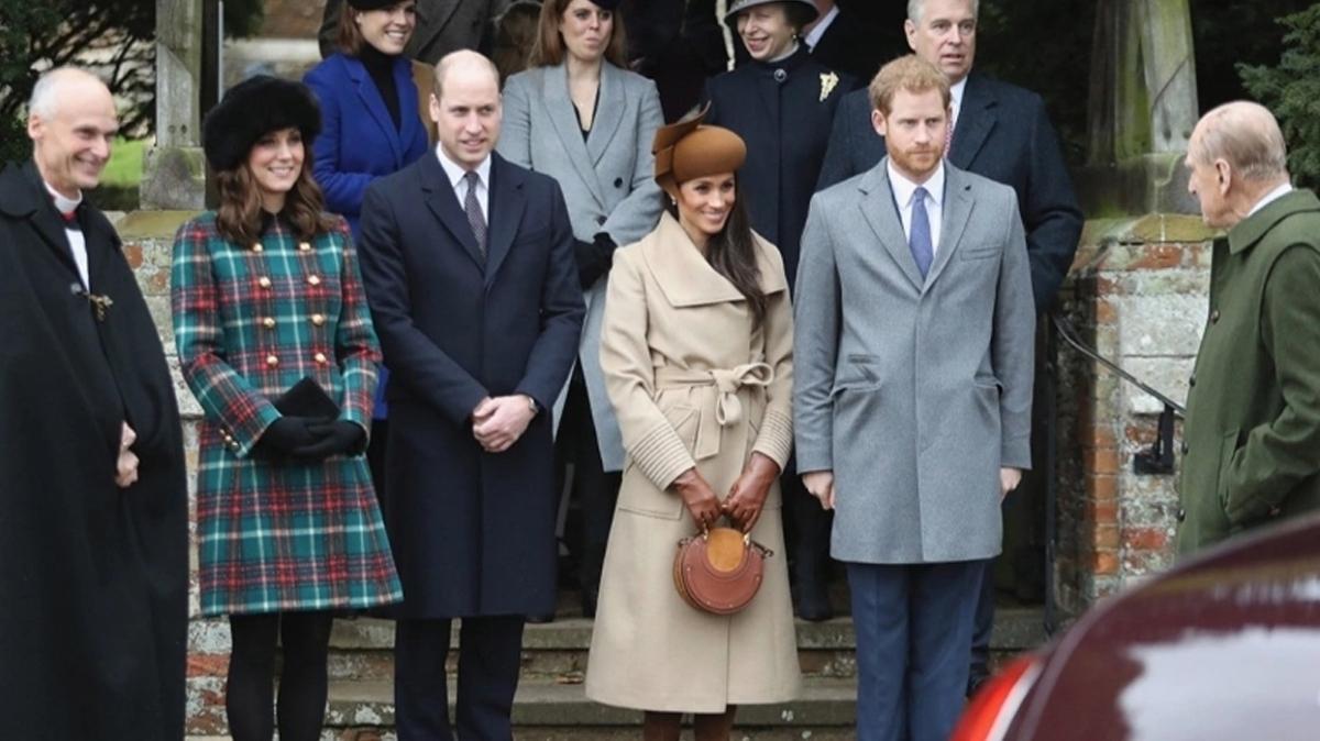 İngiliz Kraliyet Ailesi'nin ilginç yılbaşı gelenekleri