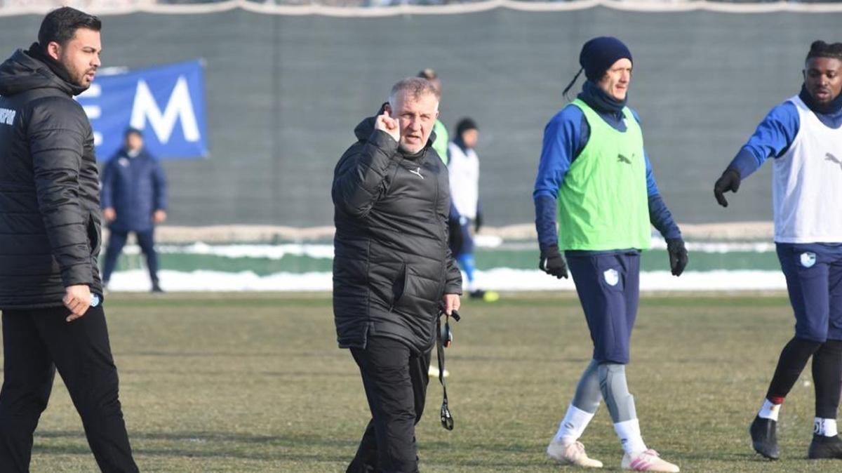 Mesut Bakkal, Erzurumspor'un başında ilk antrenmanına çıktı