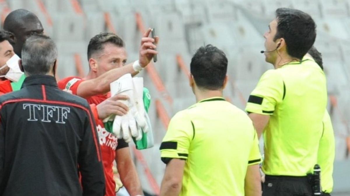 Son dakika haberi: Vodafone Park'ta Hakan Arslan'dan olay tepki! Kırmızıyı yedi...