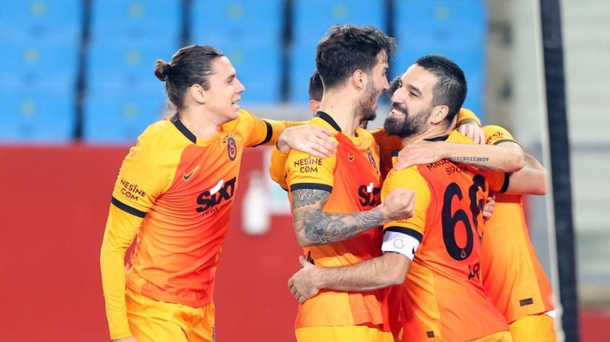 Galatasaray'da Trabzonspor galibiyeti için 1 milyon TL'lik prim