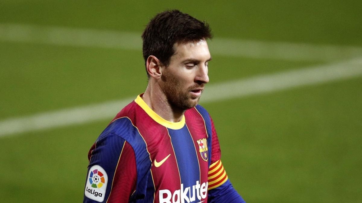 Lionel Messi geleceğiyle ilgili kararını sezon sonunda vereceğini açıkladı